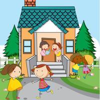 Einfache Kinder vor dem Haus