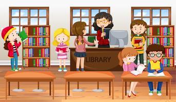 Kinder, die Bücher in der Bibliothek lesen vektor