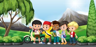 Barn står i parken