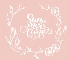 Handritad Sommartid med blommor dekorativ krans doodle skiss bokstäver vektor logo illusrtation, Modern kalligrafi bokstäver på vit. Illustration lager vektor