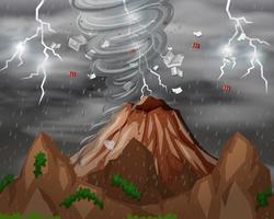 Cyclone träffar berget
