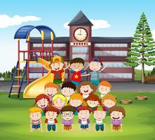 Barn gör mänsklig pyramid i skolan vektor