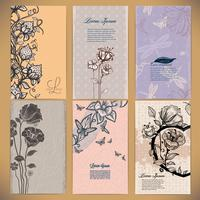 Sats med vintagekort med blommor, bär, fjärilar och sländor, gjorda i retrostil vektor