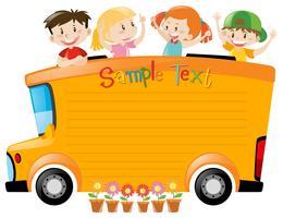 Board Design mit Studenten fahren auf dem Bus