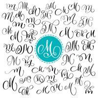 Set med handtecknad vektor kalligrafi brev M. Script typsnitt. Isolerade bokstäver skrivna med bläck. Handskriven penselstil. Handbokstäver för logotypemballage