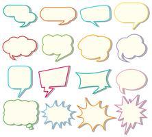 Spracheblasenschablonen auf weißem Hintergrund