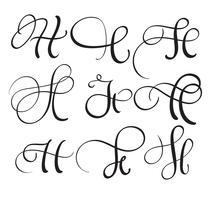 uppsättning konst kalligrafi brev H med blomning av vintage dekorativa whorls. Vektor illustration EPS10