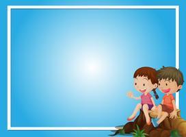 Blaue Hintergrundschablone mit Jungen und Mädchen auf Klotz