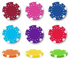 Nio färgglada pokerchips