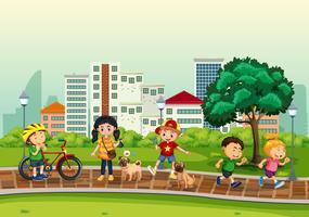 Kinder und Aktivitäten im Freien