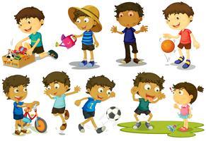 Kid spelar olika aktiviteter