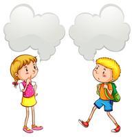 Junge und Mädchen mit Sprechblasen