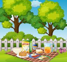 Morgens Picknick im Garten