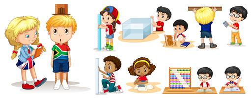Många barn mäter saker med olika verktyg vektor