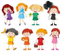 Flickor i olika färgskjortor