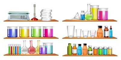 Wissenschaftsausrüstungen im Regal vektor