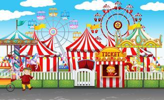 Karneval mit vielen Fahrgeschäften und Geschäften vektor