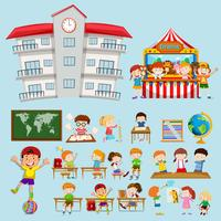 Skolans scener med barn i klassrummet