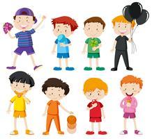 Pojkar i olika färgskjortor