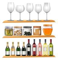 Weingläser und Lebensmittel auf hölzernen Regalen