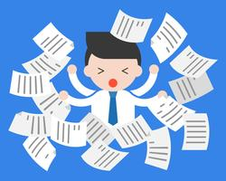 Söt affärsman upptagen i centrum av flygande dokument, om arbete