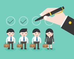 Business hand holding penna kontrollera om cirkel över företag karaktärer