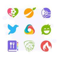 Kreative Bildzeichen-Logo-Sammlung. Einfaches und atemberaubendes Logo-Design im flachen Stil. Blume, Orange, Astronaut, Vogel, Dreieck, Bubble Chat, Rezeptbuch, Löwe, Feuer-Logo vektor