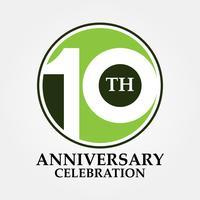 10 års jubileum och firar klassisk cirkellogotyp och skylt vektor