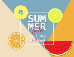 Sommarförsäljningsbakgrund med ananas, apelsin och vattenmelon.