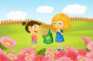 Mädchen, die Plätzchen in der Natur essen