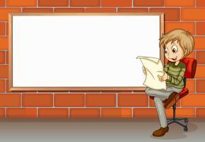 Ein Geschäftsmann liest neben dem leeren Brett