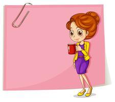 En tjej dricker sitt kaffe framför den tomma rosa mallen