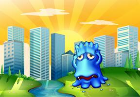 Ein trauriges Monster in der Stadt, die nahe dem flüssigen Fluss steht