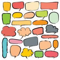 Blasen stellten Gekritzel-Art-Comic-Ballon, wolkenförmige Gestaltungselemente ein. Vektor-Illustration.