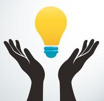 Hände, die Glühlampeikonenvektor, kreatives Konzept halten