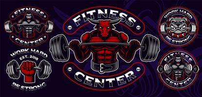 Set med färgade märken, logotyper, skjortavtryck för gym tema. vektor