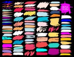Stor uppsättning färgglada penselsträckor, Färgglada bläckgrungeborstslag. Vektor illustration.