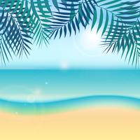 Tropischer Hintergrund der Natursommerferien mit grünem Palmblatt oder Kokosnussblatt auf dem Strand und der Sonne, Himmel, Meer.