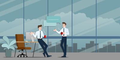 Zwei Geschäftsmänner, die sich besprechen. Der Mitarbeiter im Gespräch mit dem Team über Geschäftsideen oder über die kommerzielle Organisation während der Kaffeezeit.