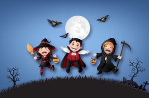 barn i halloween kostymer.