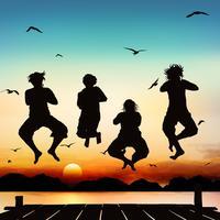Glada tjejer hoppar på silhuettkonst.
