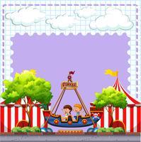 Circus scen med två barn ridning