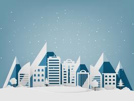 Frohe Weihnachten und ein glückliches Neues Jahr. Winterurlaubschnee im Park am Stadtbildhintergrund. Papierkunst und Handwerksstil.