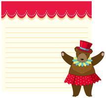 Brun björn på anteckningsbok