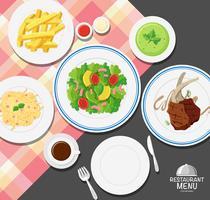 Verschiedene Arten von Lebensmitteln am Esstisch