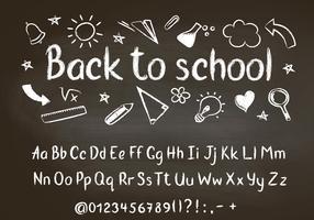 Zurück zu Schulkreidetext auf Tafel mit Schulgekritzelelementen und Kreidealphabet, Zahlen und Interpunktionszeichen.