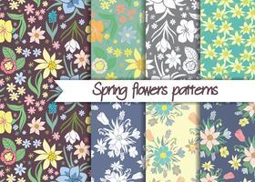 Vårblommönster. Sats av sömlösa färgstarka vektor mönster. Blommönster. Blomlösa sömlösa vektormönster. Vektor blommig bakgrund. Set av blommiga vektor sömlösa textil smycken.
