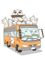 Nette Katzen und Panda und Bus im Cartoon-Stil.