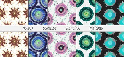 Grunge färgglada geometriska sömlösa mönsteruppsättning