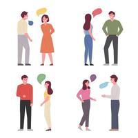 Uppsättning av människor som står och pratar.